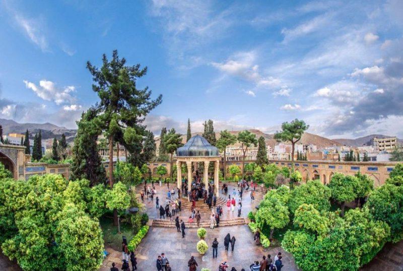 حافظیه  جاهای دیدنی شیراز - 20 جاذبه برای تابستان