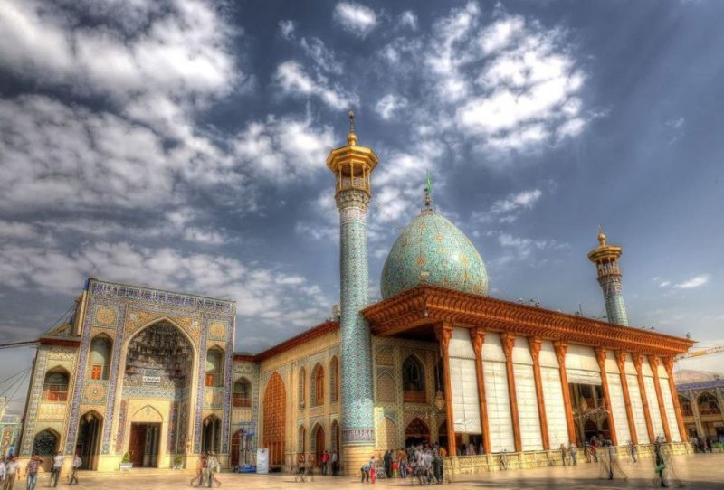 شاهچراغ جاهای دیدنی شیراز - 20 جاذبه برای تابستان
