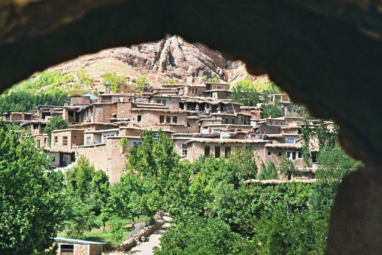 روستای قلات  جاهای دیدنی شیراز - 20 جاذبه برای تابستان