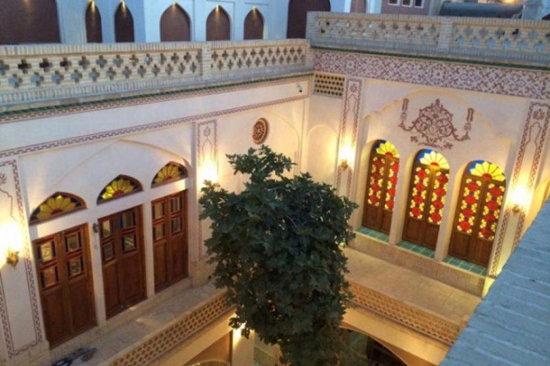 خانه تاریخی عادل کاشان