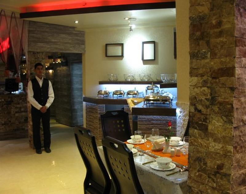 -انار-کاشان-1 رستوران انار کاشان