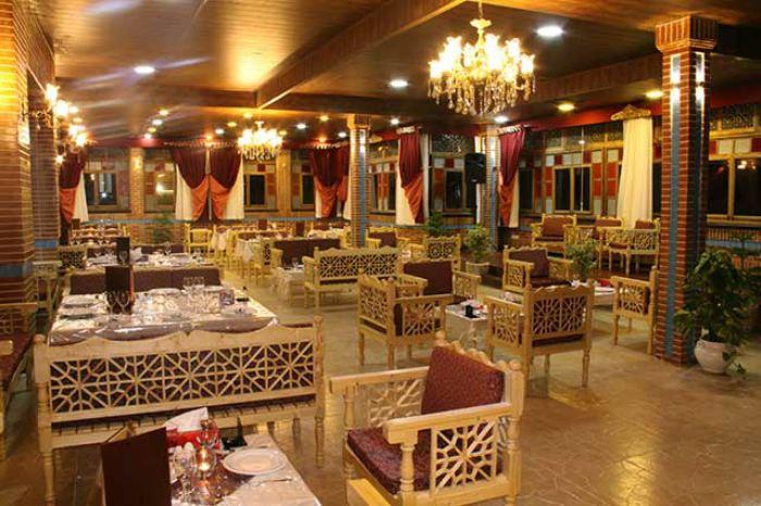 رستوران سنتی شاهکار نیشابور