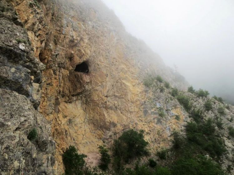 غار کیجاک چال