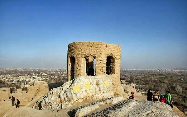 آتشگاه - جاهای دیدنی اصفهان در پاییز