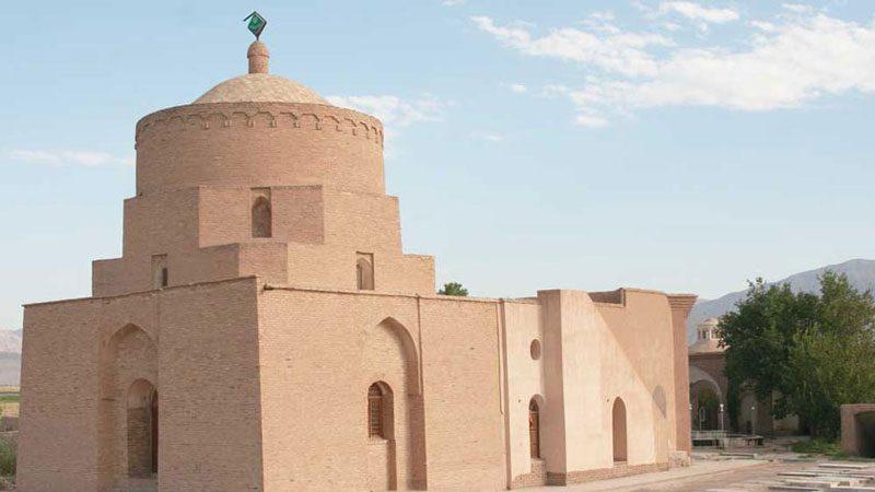 امامزاده علی اکبر 800x450 - جاهای دیدنی گرمسار در پاییز