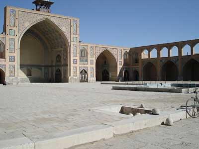 مسجد حکیم - جاهای دیدنی اصفهان در پاییز