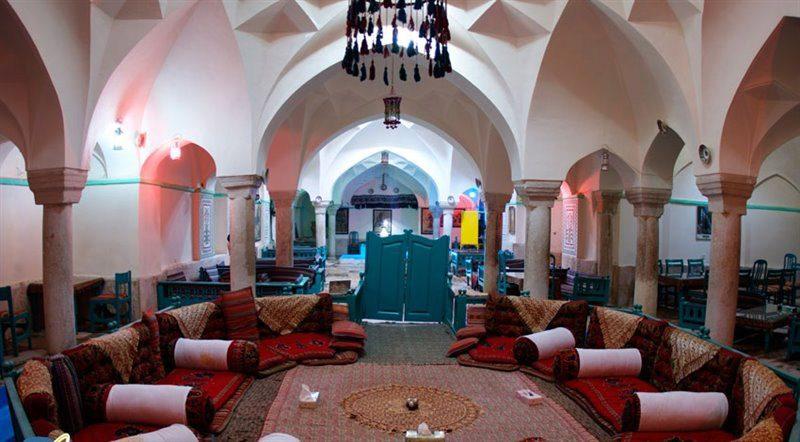 وکیل5 800x442 - رستوران وکیل کرمان | جاذبه های گردشگری ایران