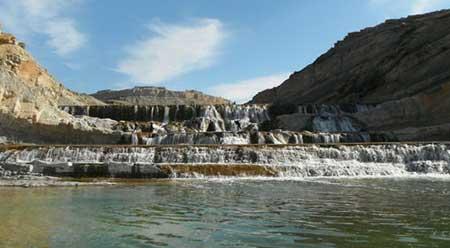 آبشار کیوان لیشتر