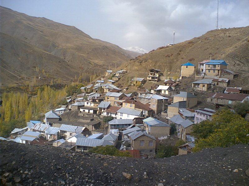 روستای مومج