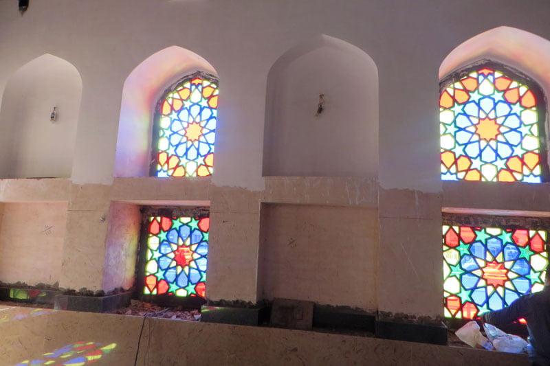 مرمت ناشیانه مسجد 600 ساله