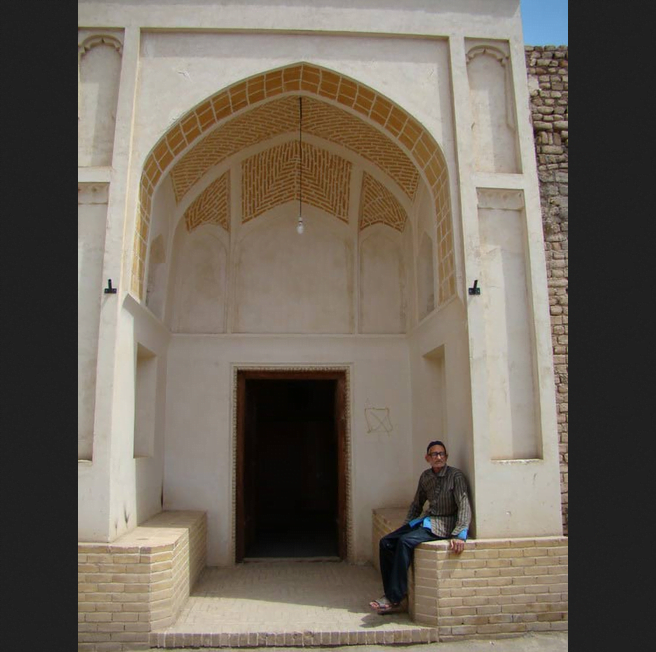 مسجد جامع نوش آباد
