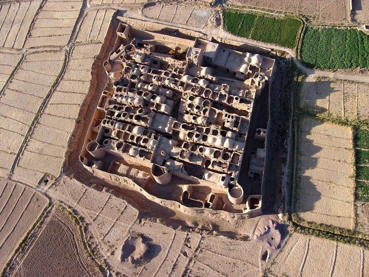 قلعه سریزد - اولین صندوق امانات جهان
