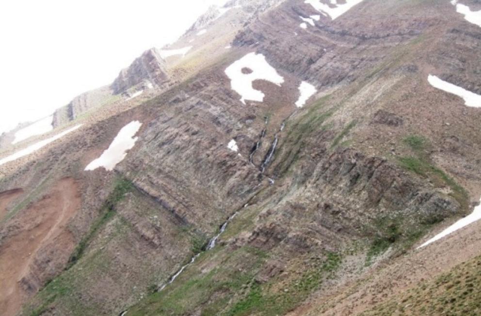 چشمه تلخاب