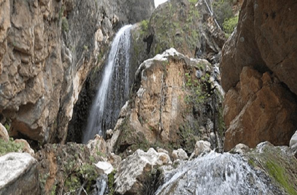آبشار تنگ سا ،زیبا و خوش آب وهوا در نورآباد ممسنی