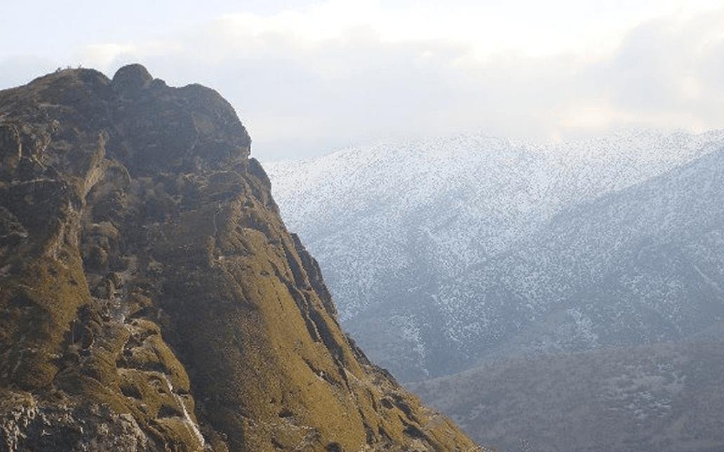 آبشار مخمل کوه خرم آباد