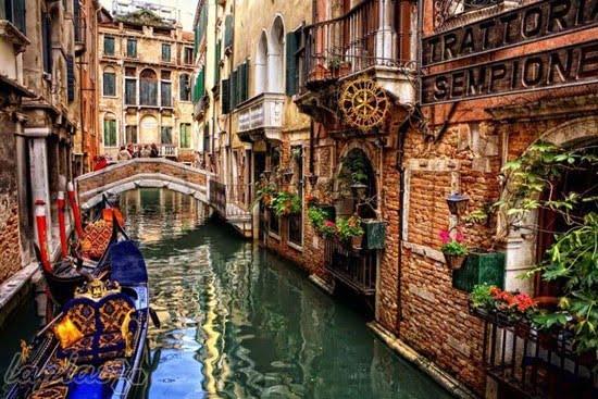 تور ایتالیا یک توقف اجتناب ناپذیر برای هر گردشگر است.
