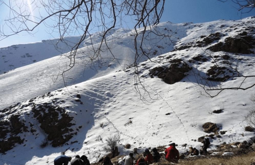 قله چين کلاغ تهران