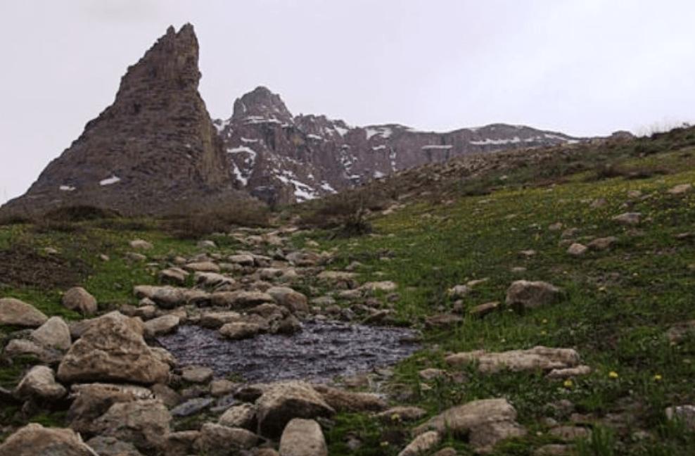 کوه تزرجان يزد