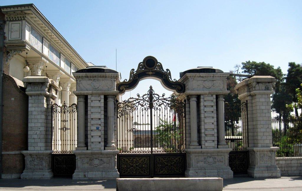 10 کاخ معروف تهران