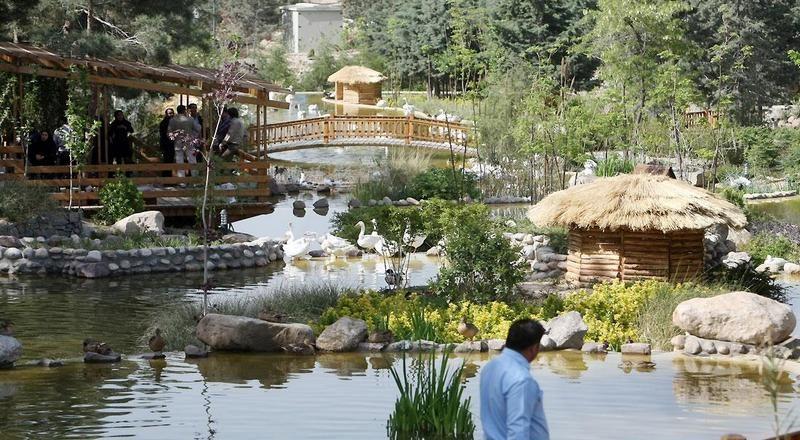 جاهای دیدنی تهران باغ پرندگان جاهای دیدنی تهران (100 جاذبه گردشگری تهران)