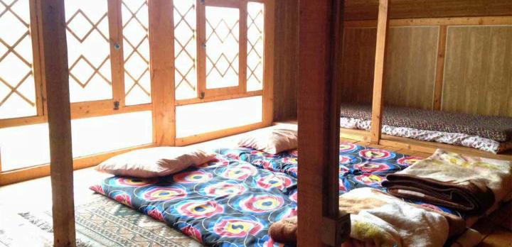 اقامتگاه بوم گردی مریم گلی صومعه سرا
