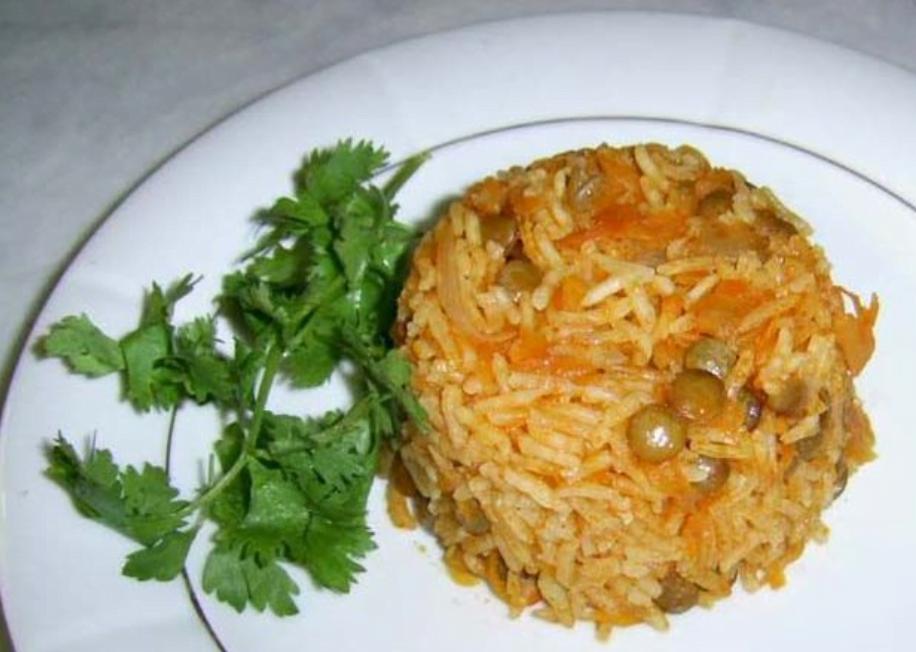 دمپخت عدس یک غذای اصیل وخوش طعم شیرازی