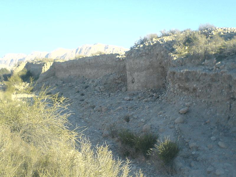 قلعه زندان دیر