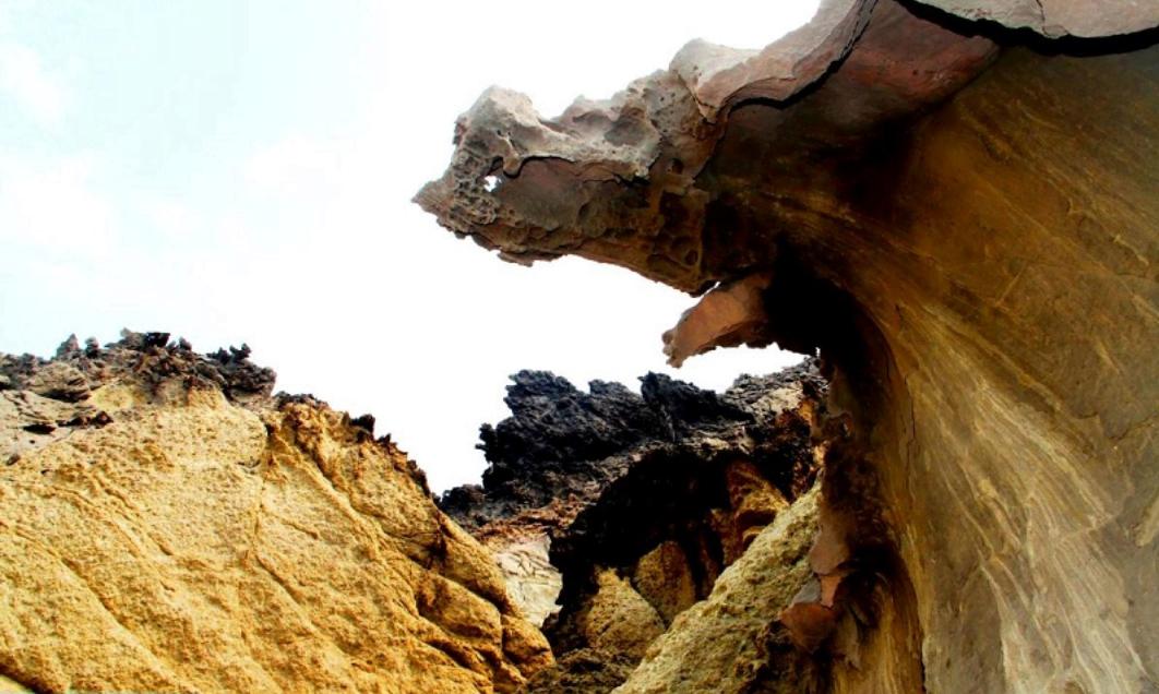 دره مجسمهها جزیره هرمز