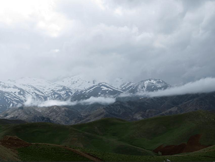 کوه چهلچشمه دیواندره