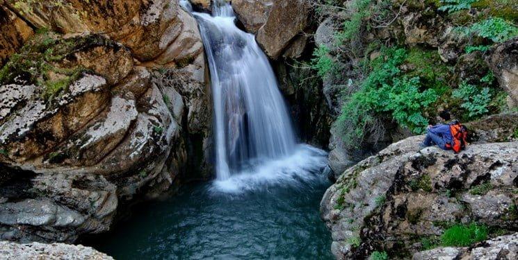 آبشار کبوترلانه  آبشار کبوترلانه