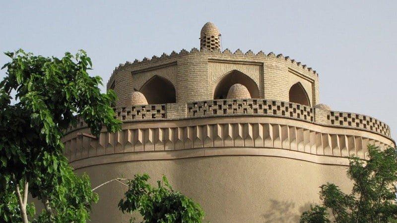 برج کبوتر مرداویج جاهای دیدنی اصفهان (100 جاذبه گردشگری اصفهان)