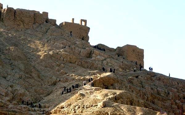 آتشکده آتشگاه جاهای دیدنی اصفهان (100 جاذبه گردشگری اصفهان)