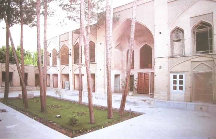 خانه قدیمی مارتاپیترز جاهای دیدنی اصفهان (100 جاذبه گردشگری اصفهان)