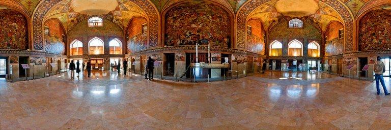 موزه چهلستون از جاهای دیدنی اصفهان جاهای دیدنی اصفهان (100 جاذبه گردشگری اصفهان)