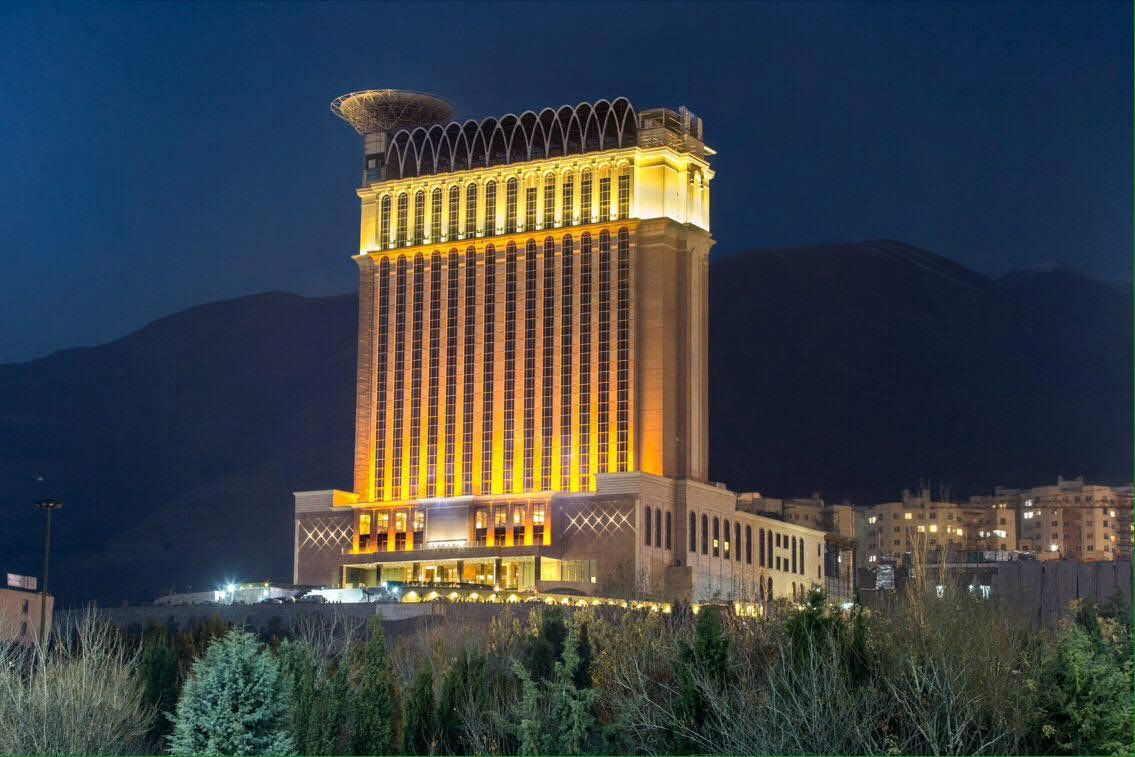 هتل اسپیناس تهران هتل های عجیب و غریب ایران