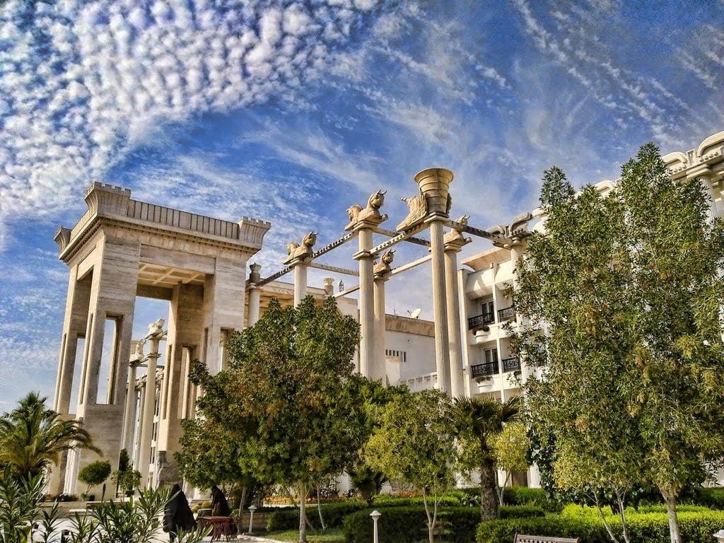 گرند هتل داریوش جزیره کیش هتل های عجیب و غریب ایران