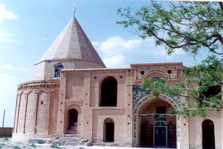 شاهزاده حسین نظام آباد