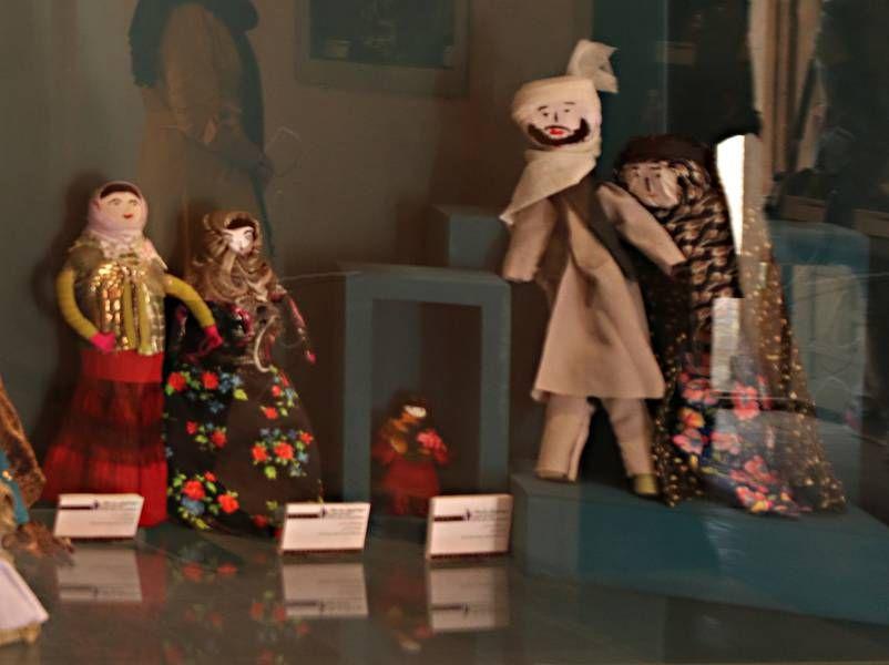 خانه فروتنی بیرجند (موزه عروسک) خانه فروتنی بیرجند ( موزه عروسک )