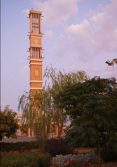 برج بادگیر شکیب ، بلندترین بادگیر جهان  برج بادگیر شکیب ، بلندترین بادگیر جهان