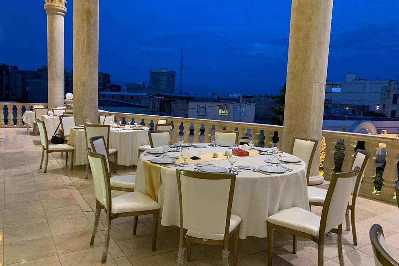 باغ رستوران بهرامی باغ رستوران بهرامی کرمان