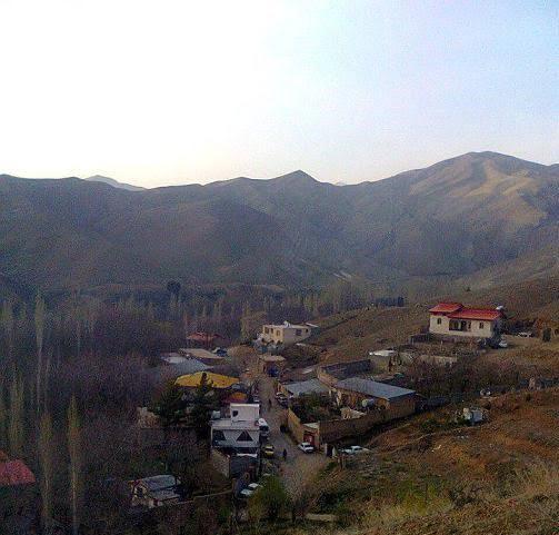 پناهگاه های صخره ای در روستا سرهه پناهگاه های صخره ای در روستا سرهه