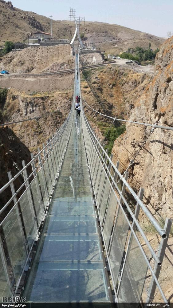 اولین پل شیشه ای قوسی جهان ،پل شیشه ای هیر پل شیشه ای هیر ، اولین پل شیشه ای قوسی جهان