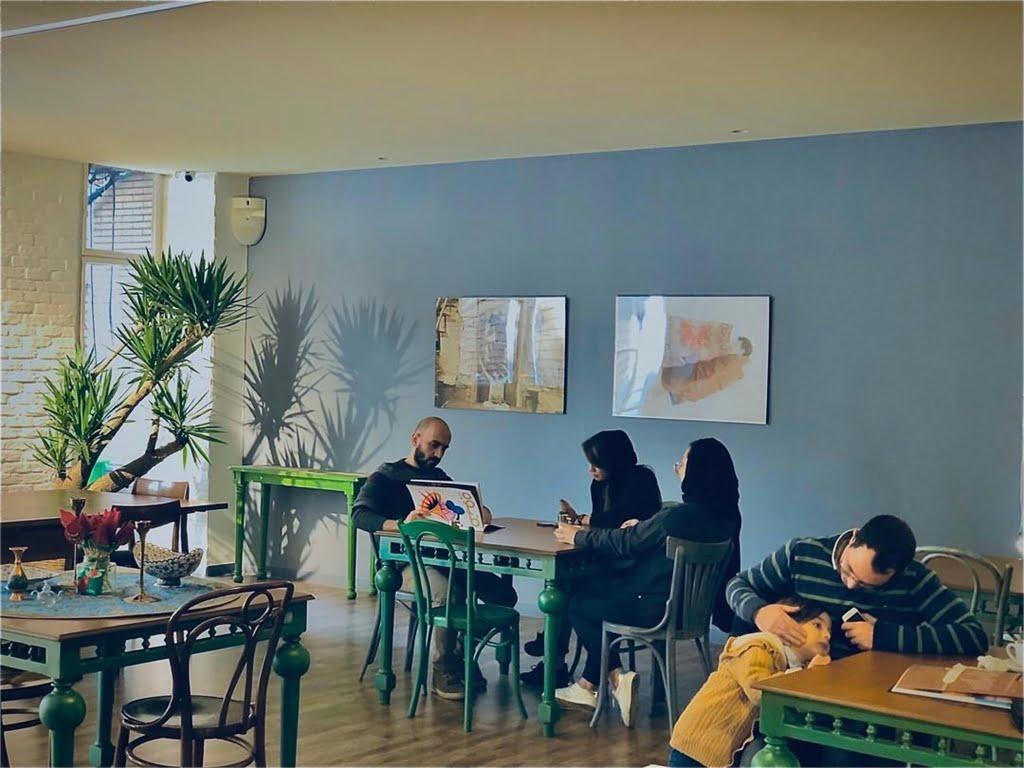 کافه گالری نَه تهران