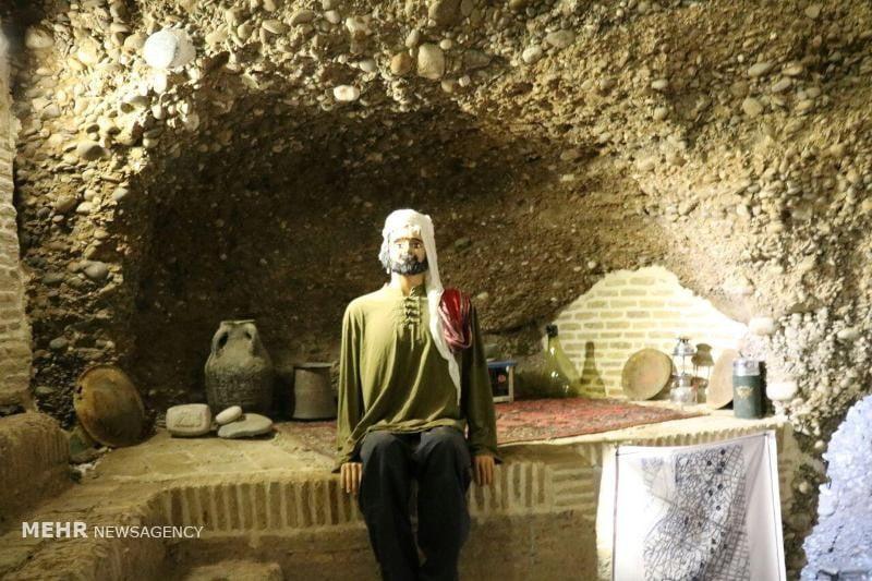 قمش تاریخی مومنان (سربطاق چوقابفون)
