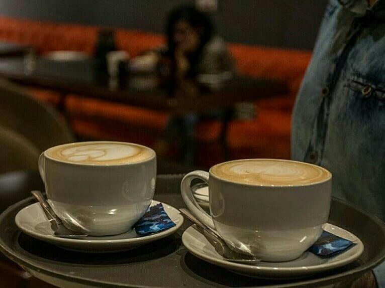 کافه رستوران لئو تبریز