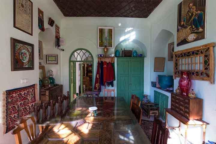 کافه سنتی عمارت نمکدان