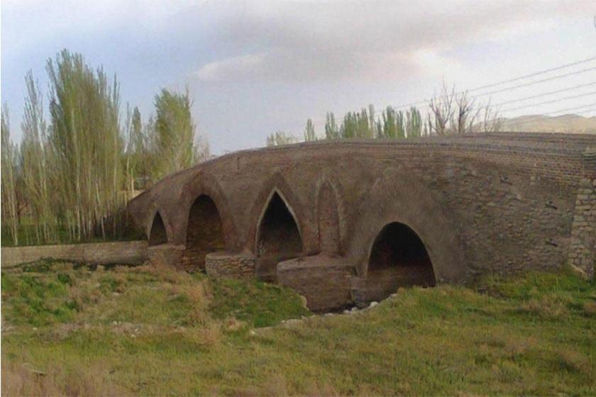 روستای آبشینه همدان