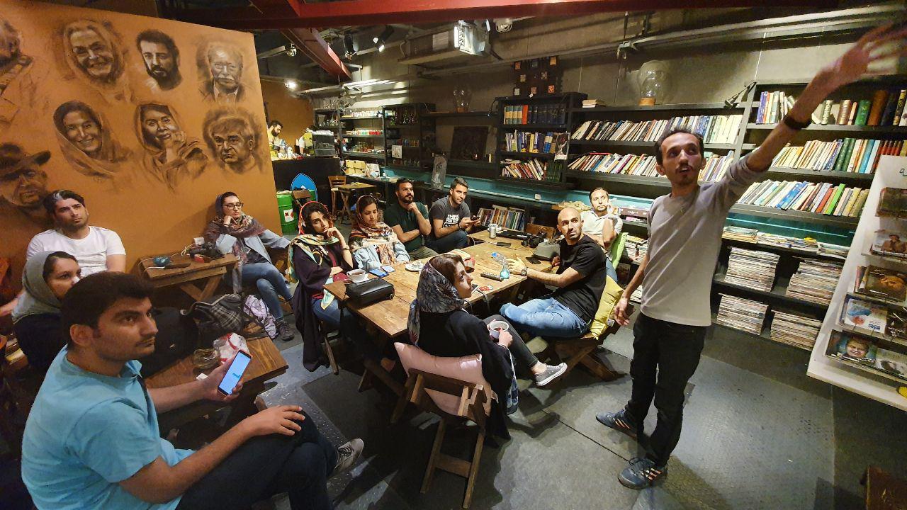 کافه کتاب فرهنگ ایران