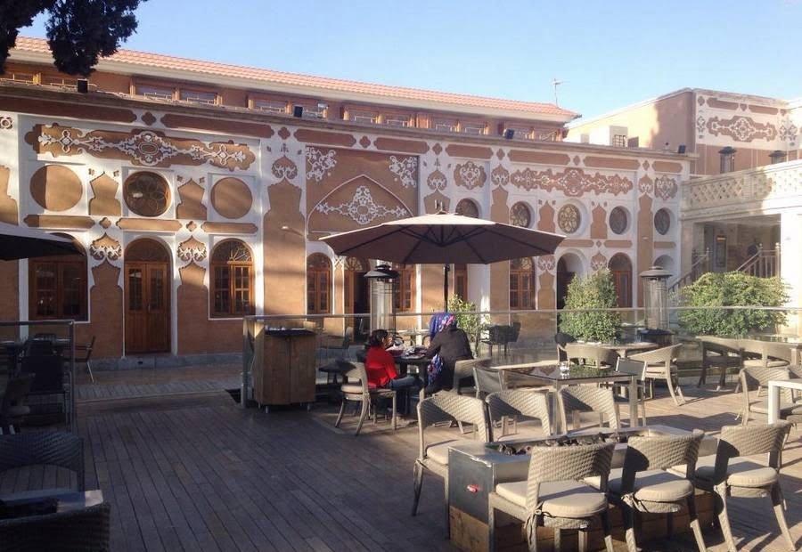 کافه عمارت سیمون