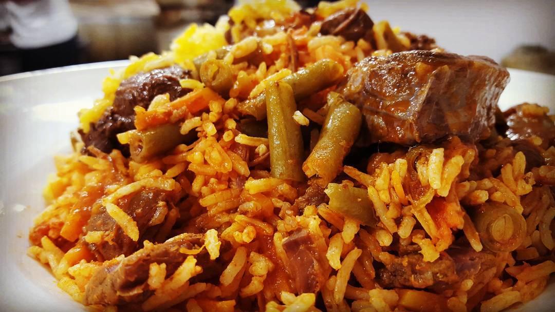 لوبیا پلو با گوشت خورشتی